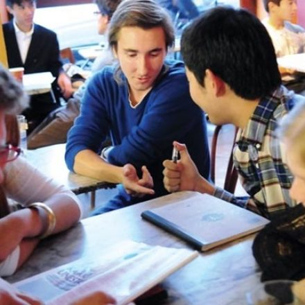 How can Chinese students overcome the difficulties of speaking in class?
